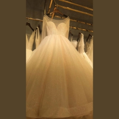 显瘦唯美新娘结婚当天嫁衣影楼拍照礼服馆热销款W1010260214-35 图片色 均码