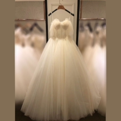 显瘦唯美影楼拍照礼服馆热销款齐地婚纱W1011390220-2 图片色 均码
