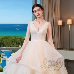 米白色双肩V字领新娘结婚当天嫁衣拖尾婚纱绑带款103123829 商品色 均码