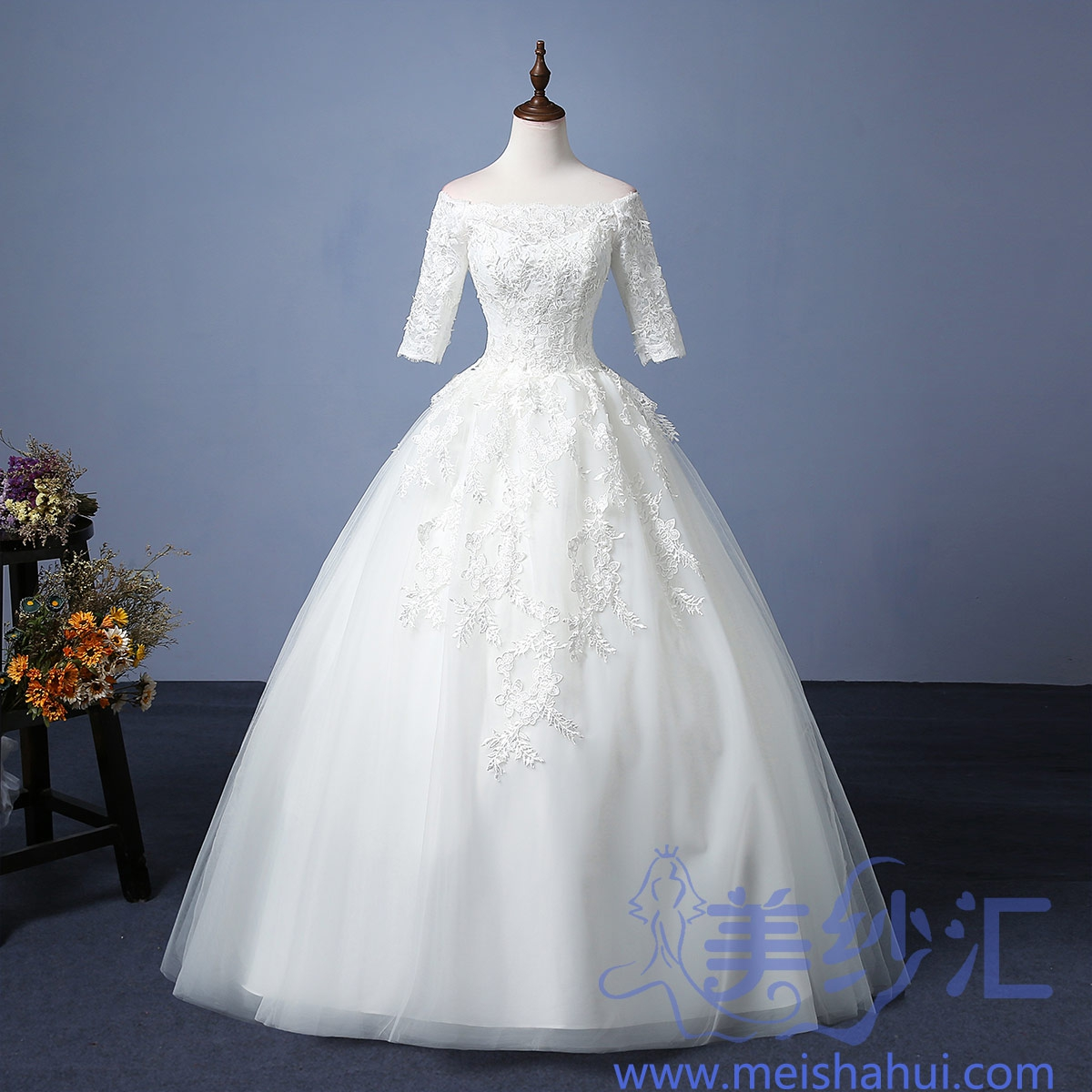 一字肩中袖米白色新娘结婚嫁衣齐地婚纱花纹图案101101C-123 如图 均码